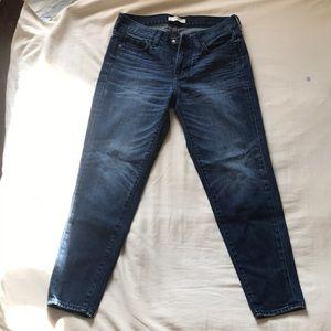 Plain A&F Mom jeans